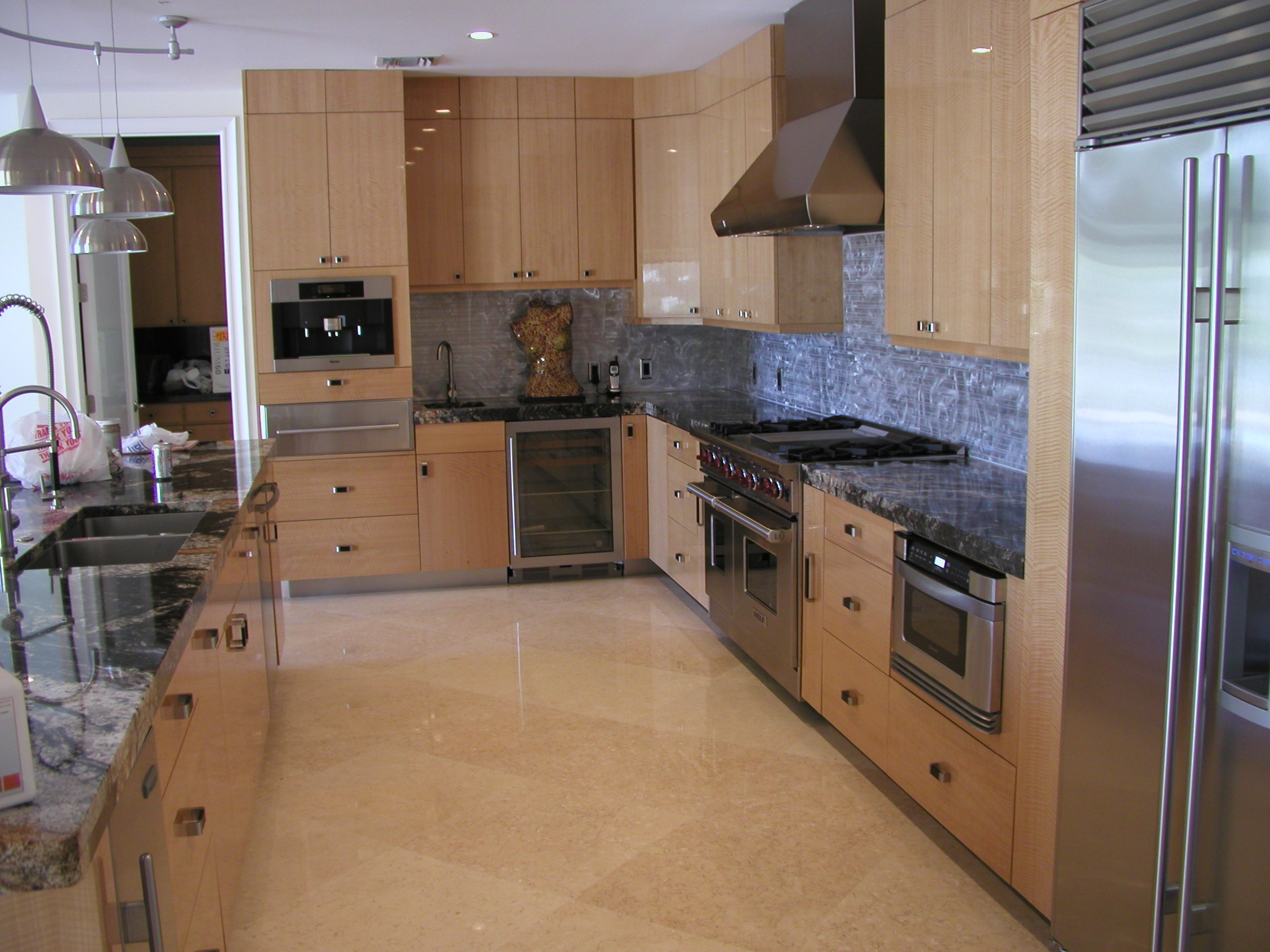Rcc picture gallery for Anigre kitchen cabinets